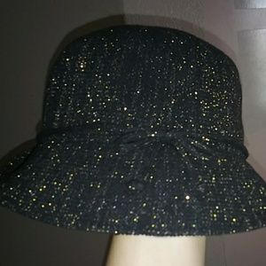 Black hat with gold flakes